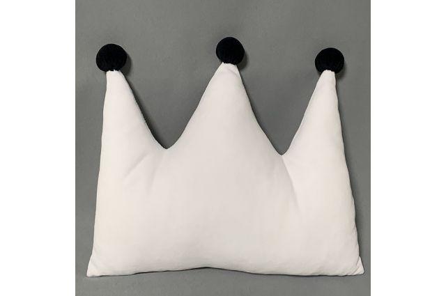 Dekoratyvinė pagalvėlė - karūna|Satininės paklodės|TavoSapnas